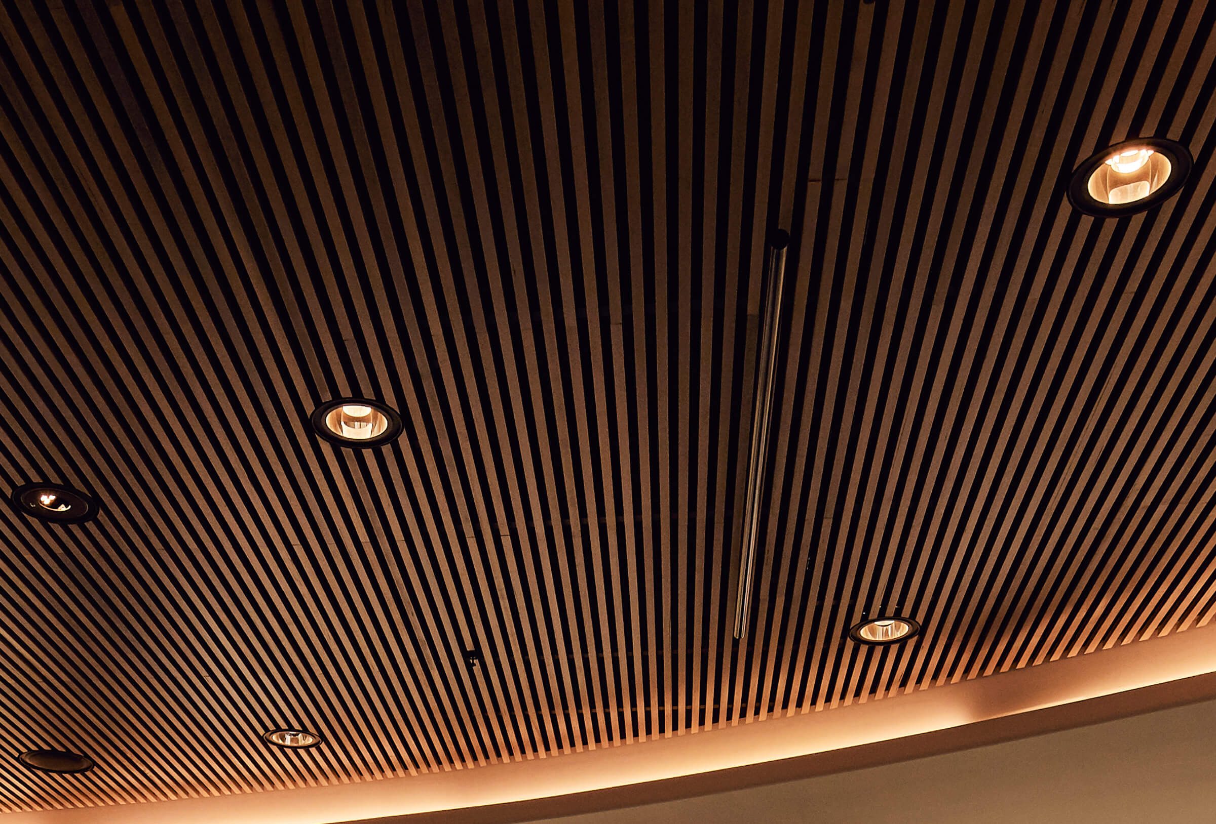 Sculptform Integrated lighting - Can lights